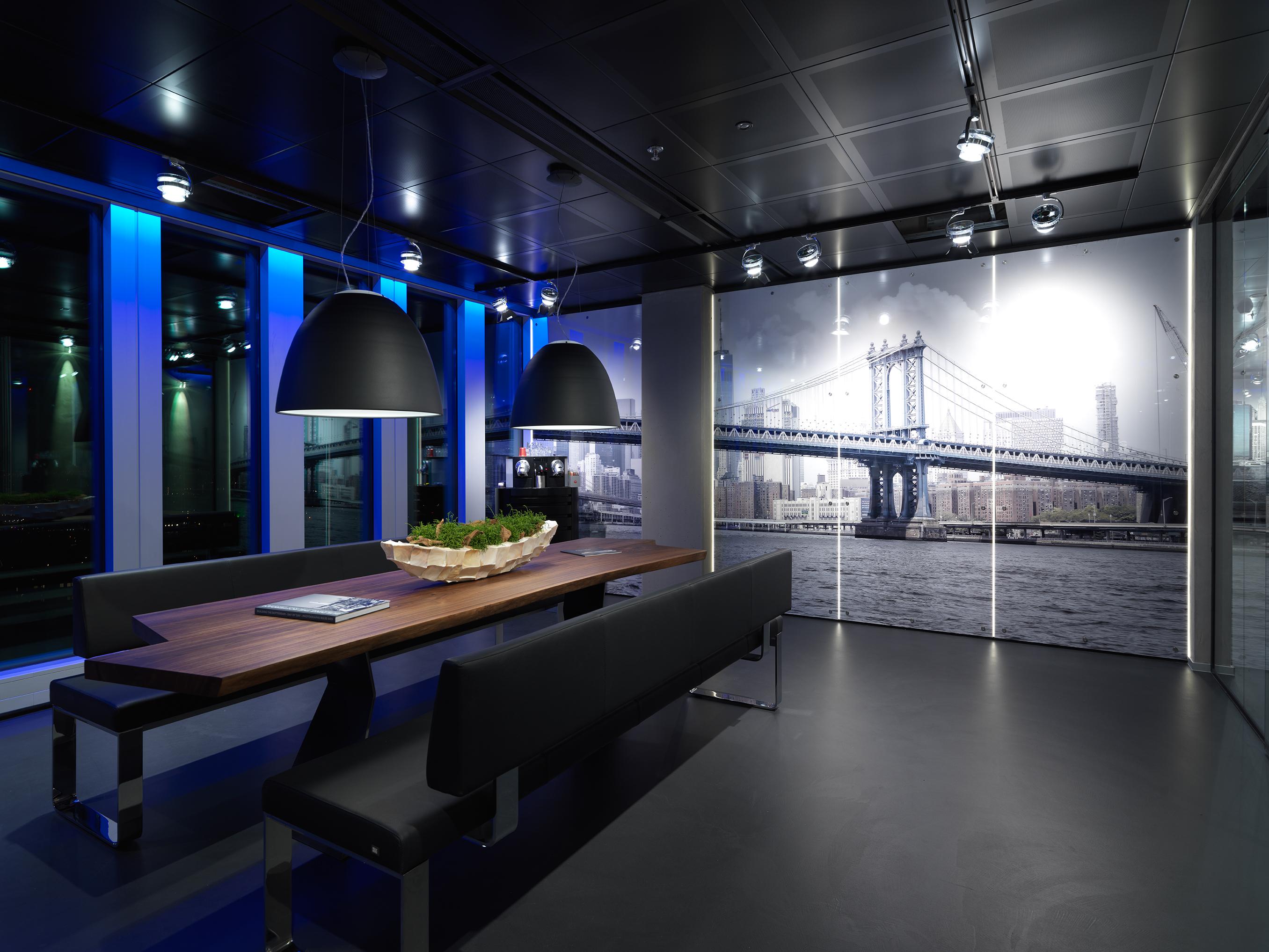 Managed werkplek met AV faciliteiten voor collega's in de AV/mediabranche