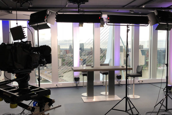 Studio huren Rotterdam | SHH Productions | studio 2 interview setup | medium