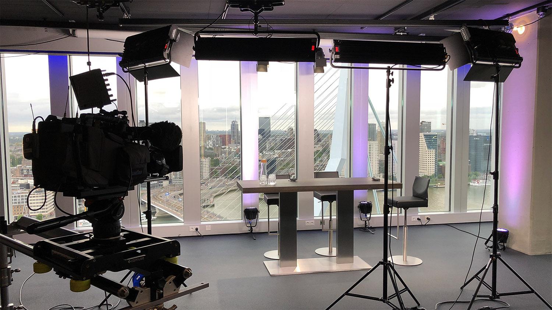 Studio huren Rotterdam | SHH Productions | studio 2 interview setup | medium