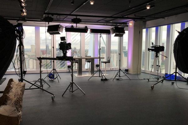 Studio huren Rotterdam | SHH Productions | studio 2 interview setup | wide