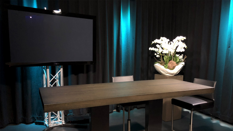 Studio huren Rotterdam | SHH Productions | studio 1 talkshow setup